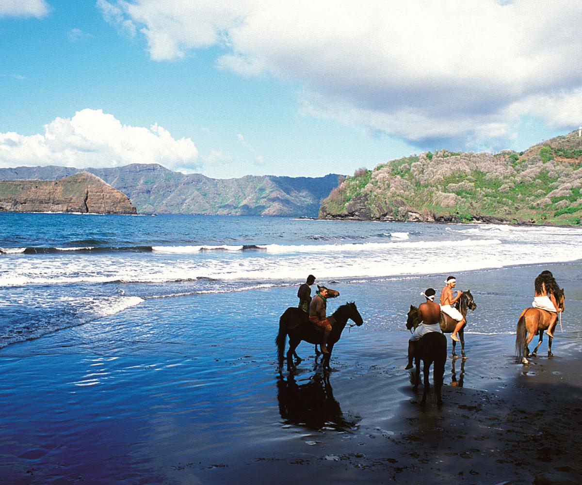 séjours-îles-marquises-nuku-hiva-tahiti-travel-experts